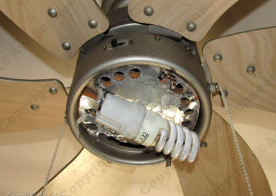 Fan E27 socket with bulb