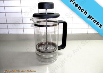 דוגמא למכשיר פרנץ' פרס French press coffee maker