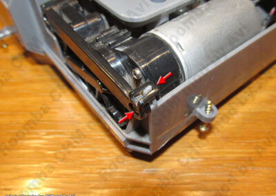 8xx right side arm snap disassembly